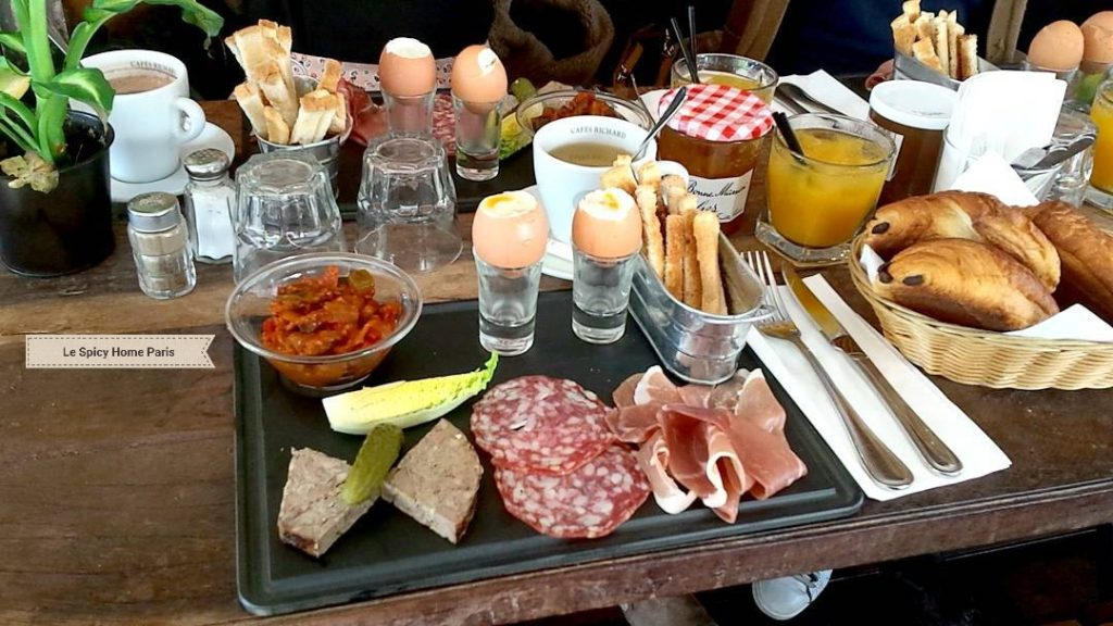 Brunch à Paris